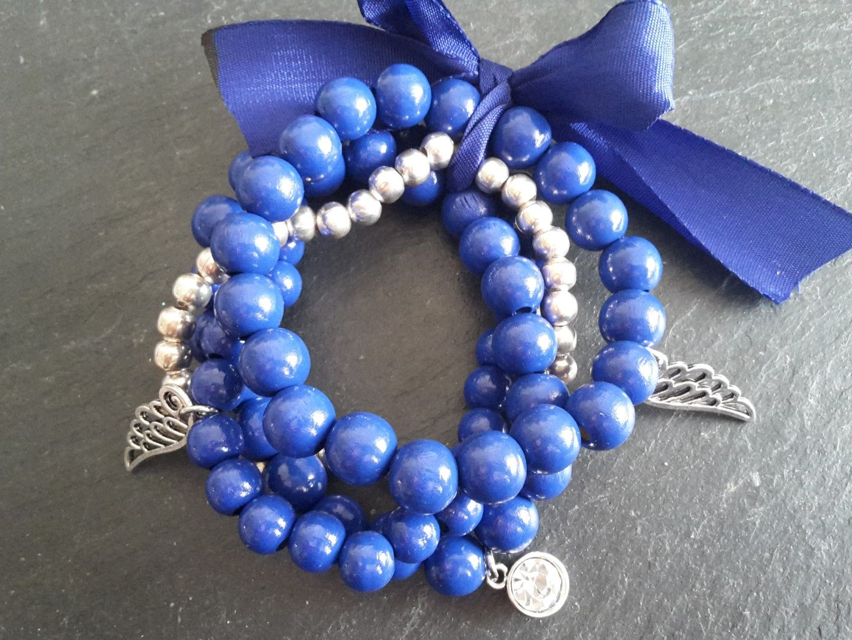 398 Perlenarmband blau
