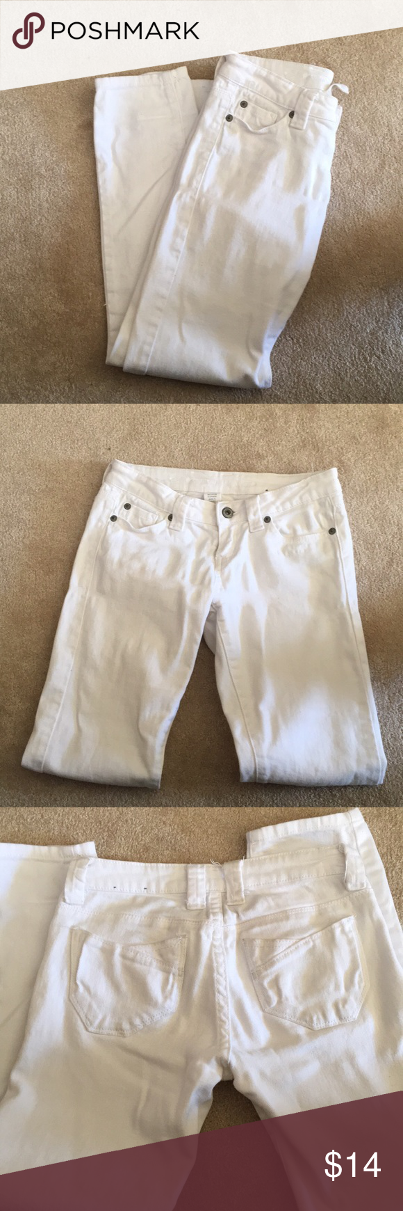 White skinny jeans like new Like new, great pair of white straight leg skinny jeans, size 0 short! Blue Asphalt Pants Skinny