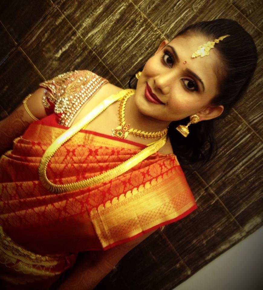 South Indian bride | bridal makeup, saree and jewellery | Bridal ...