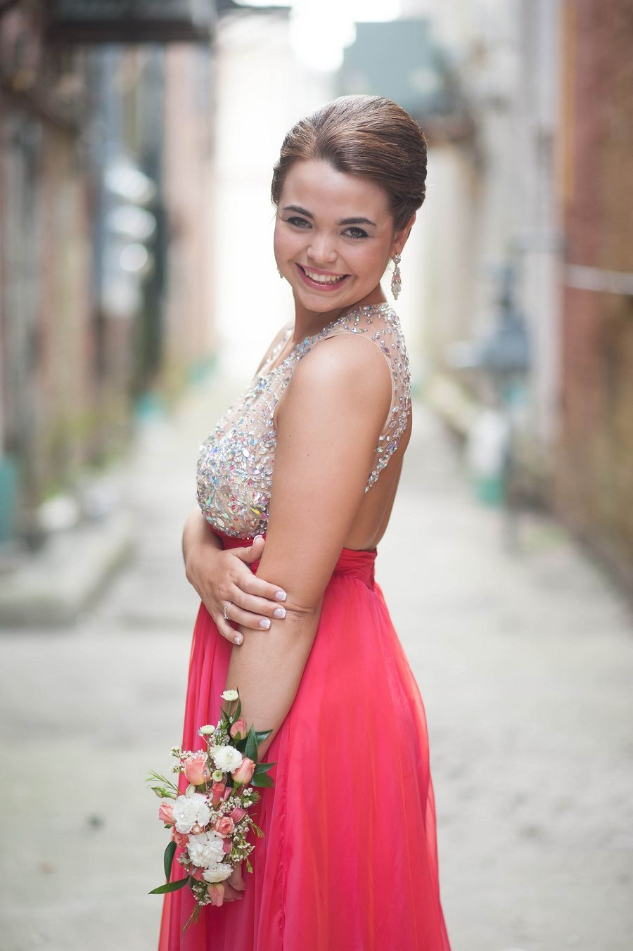 Prom miniusu why you need to hire a professional for pre prom
