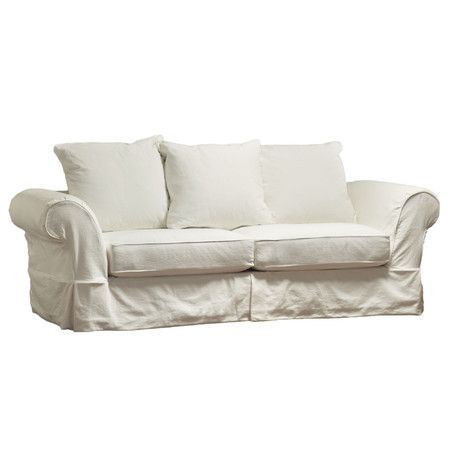 Perfect for relaxing with a novel or hosting overnight guests this lovely sleeper sofa features