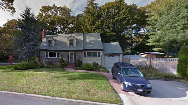 House From Everybody Loves Raymond Tv Show House Long Island