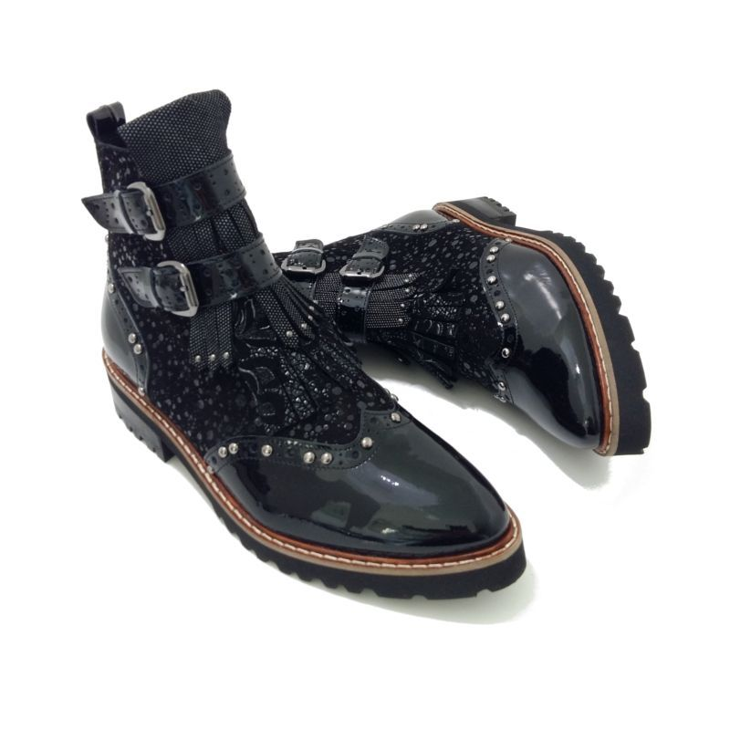 BOOTS Femme Cuir Vernis Noir marque PHILIPPE MORVAN modèle Kuma. Bottines  boucles et sangles tendance automne hiver 2018. Chaussures femme montantes  style ... 392fd20c2af