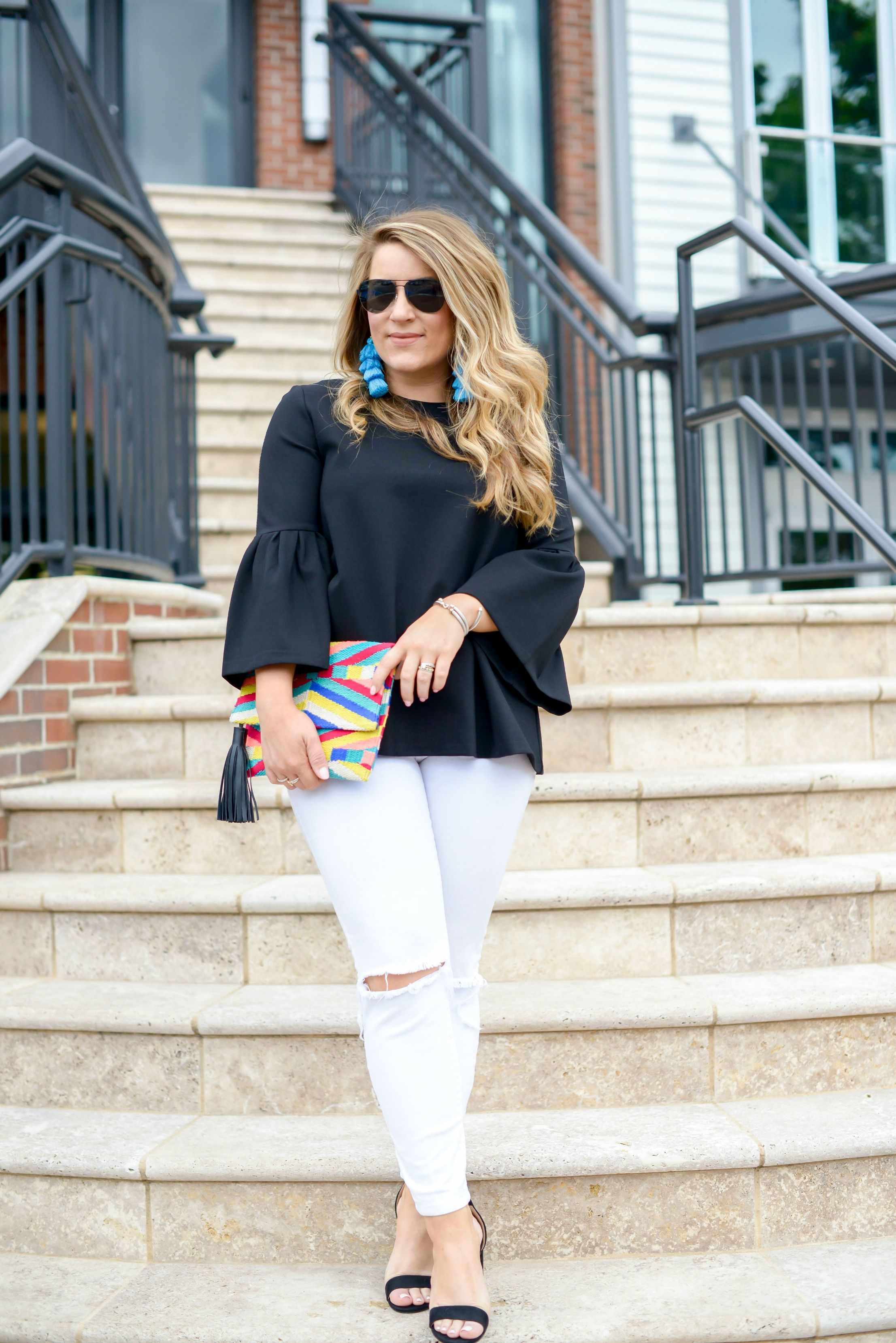 6eb0dfb3e18a Summer date night outfit - click through for more of this simple black and white  outfit featuring colorful accessories!