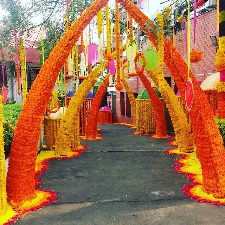25+ Magical Entrance Decor Ideas to Quirk up your Wedding ...