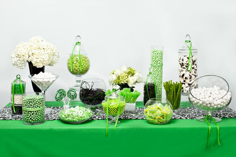 green white and black candy bar i like this but would probably rh pinterest com  green and white candy table