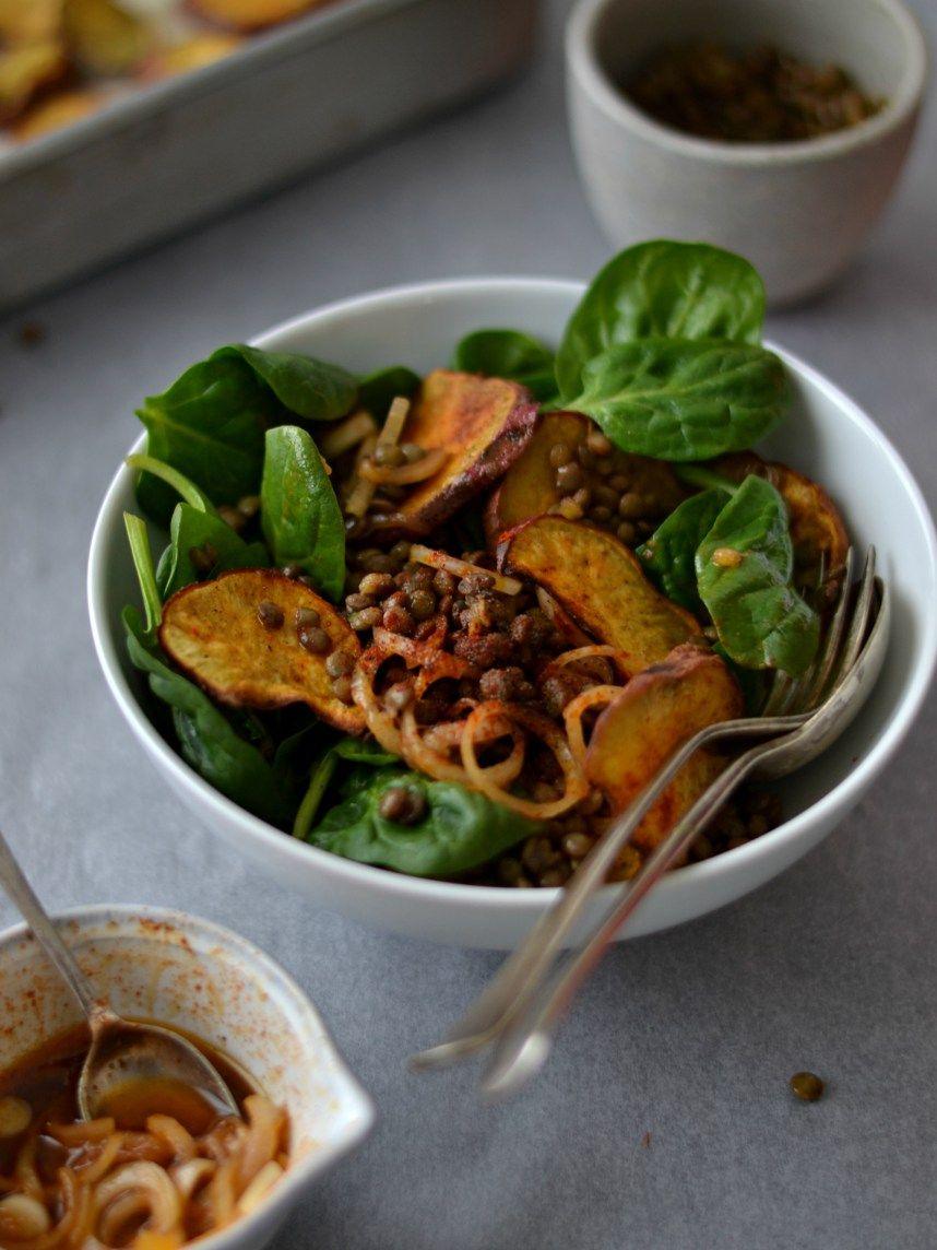 Salada de lentilhas, batata-doce crocante e paprika