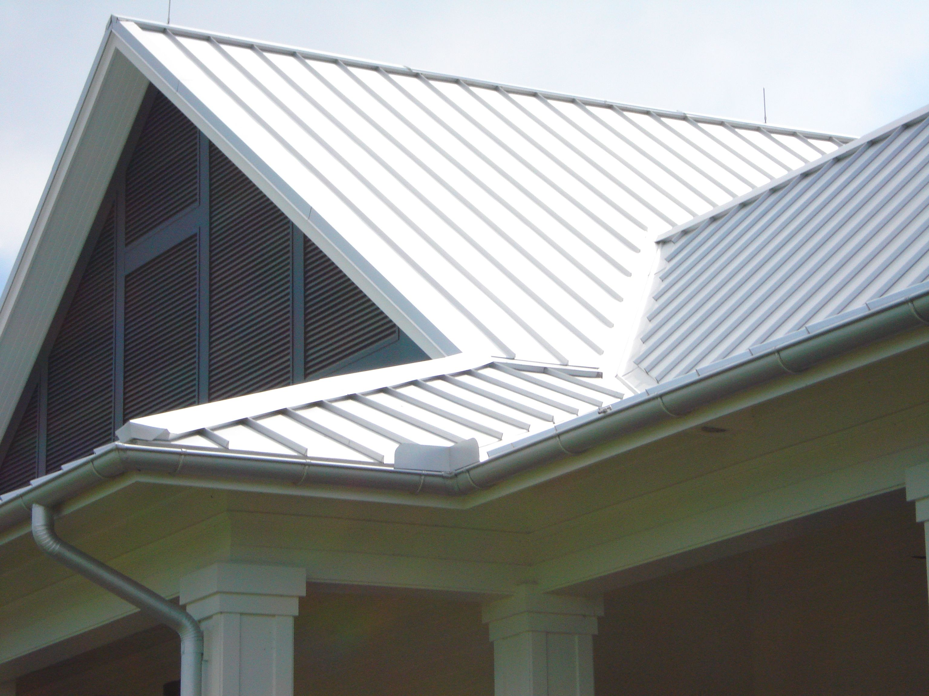 Metal Roof And Half Round Galvalume Gutter Installed By Mullet S Aluminum Metal Roof Metal Roofing Systems Corrugated Roofing