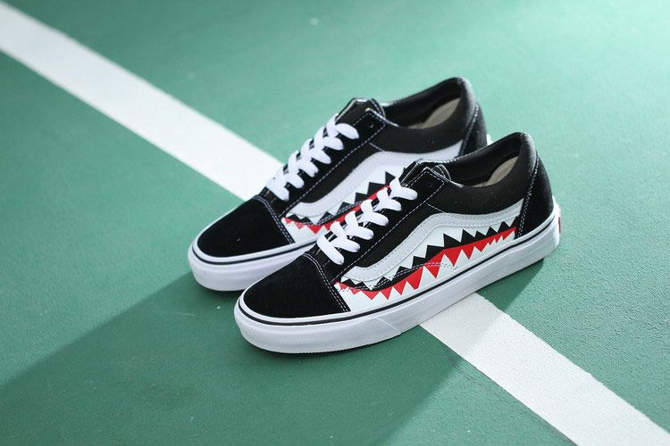 bf592cdeb3a Vans x Bape 17SS Shark Mouths Tooth Black Old Skool Skate Shoes ...