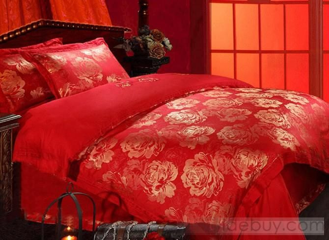Delicieux Bright Red Bedspread