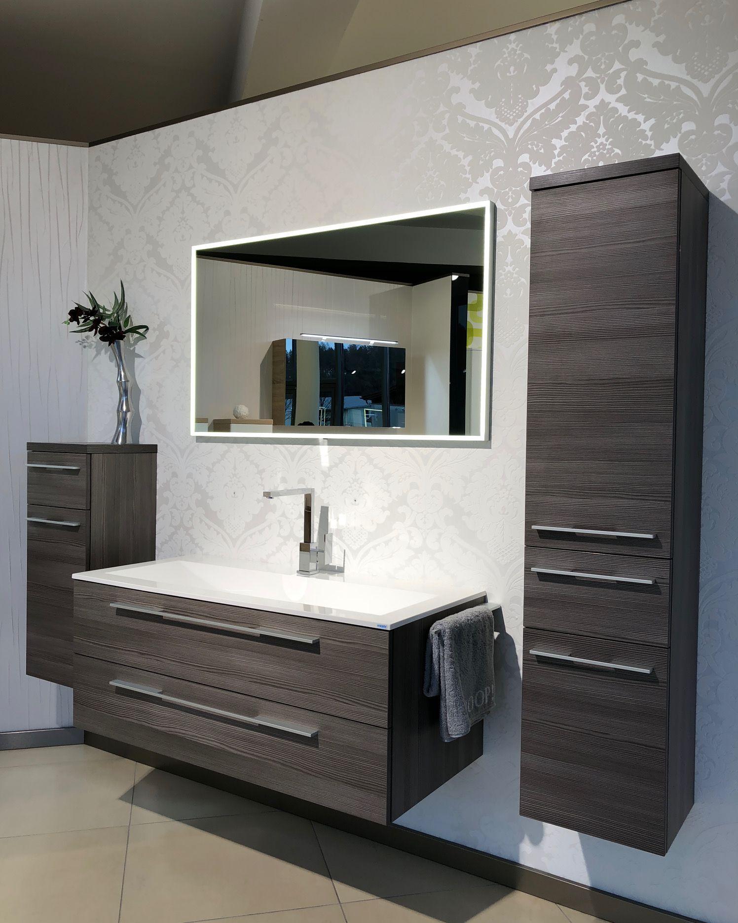 Badmobel Set Funktionalitat Design Und Asthetik In Harmonie So Wichtig Ein Asthetisches Design Ba Badezimmer Badezimmer Innenausstattung Asthetisches Design
