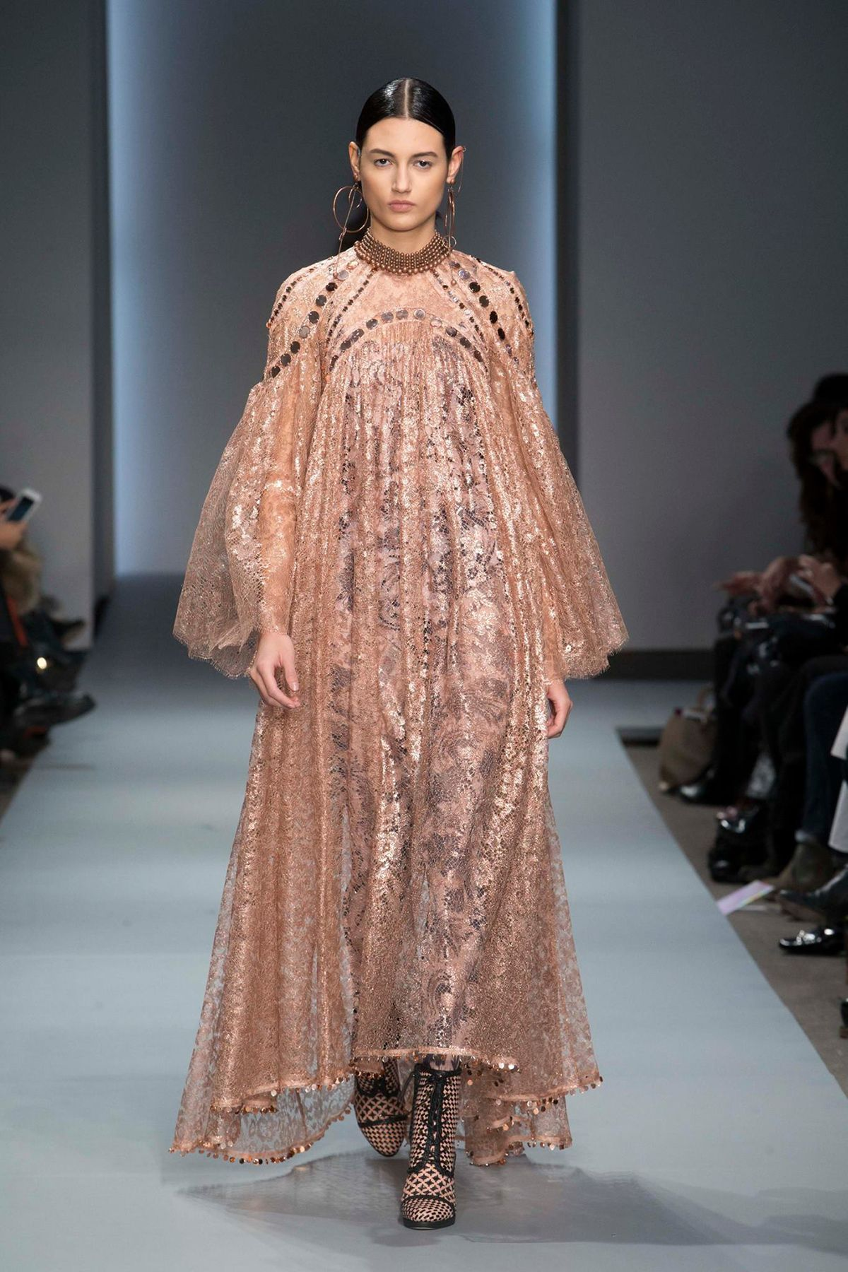 The Beautiful and the Sublime : Zimmermann Fall/Winter 2016 - FashionScoop Magazine
