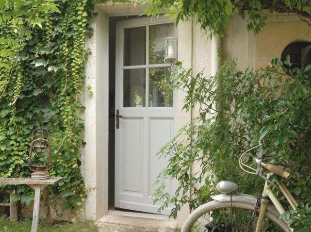 Extrêmement belle porte d'entrée bois et vitre | Les portes d'entrées donnent  HX82