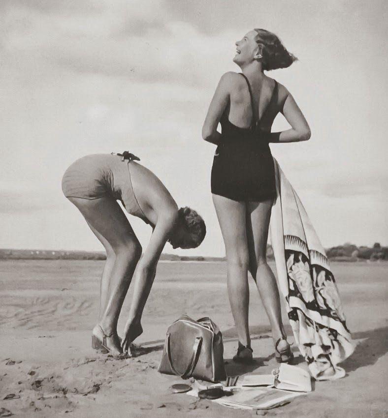 exercicedestyle:  Rudolf Koppitz Wien 1939 On the beach