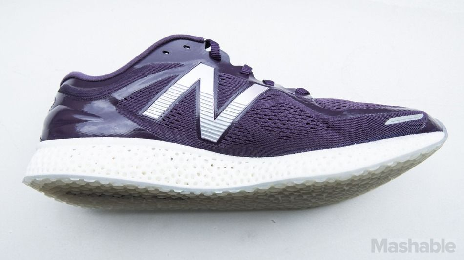 New Balance thinks 3D printing is the future of sneakers - http://eleccafe.com/2016/04/13/new-balance-thinks-3d-printing-is-the-future-of-sneakers/