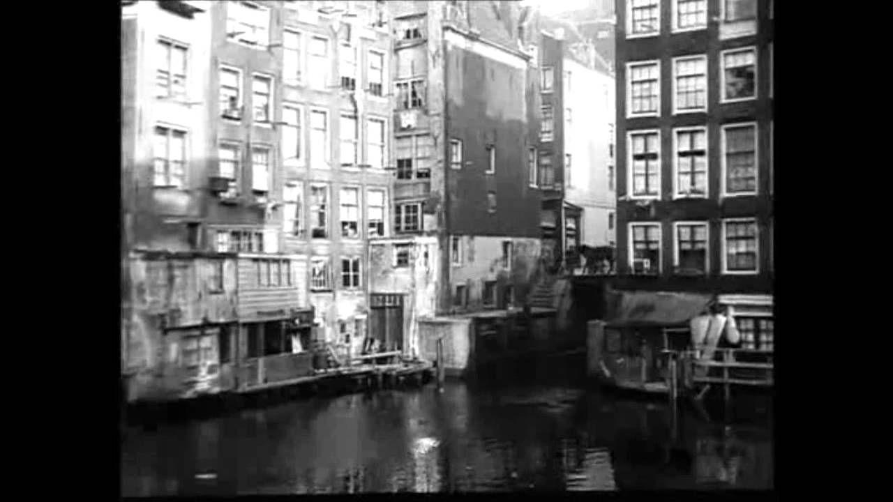 1920: Schilderachtig Oud Amsterdam, met o.a. Oudezijds Achterburgwal en ...