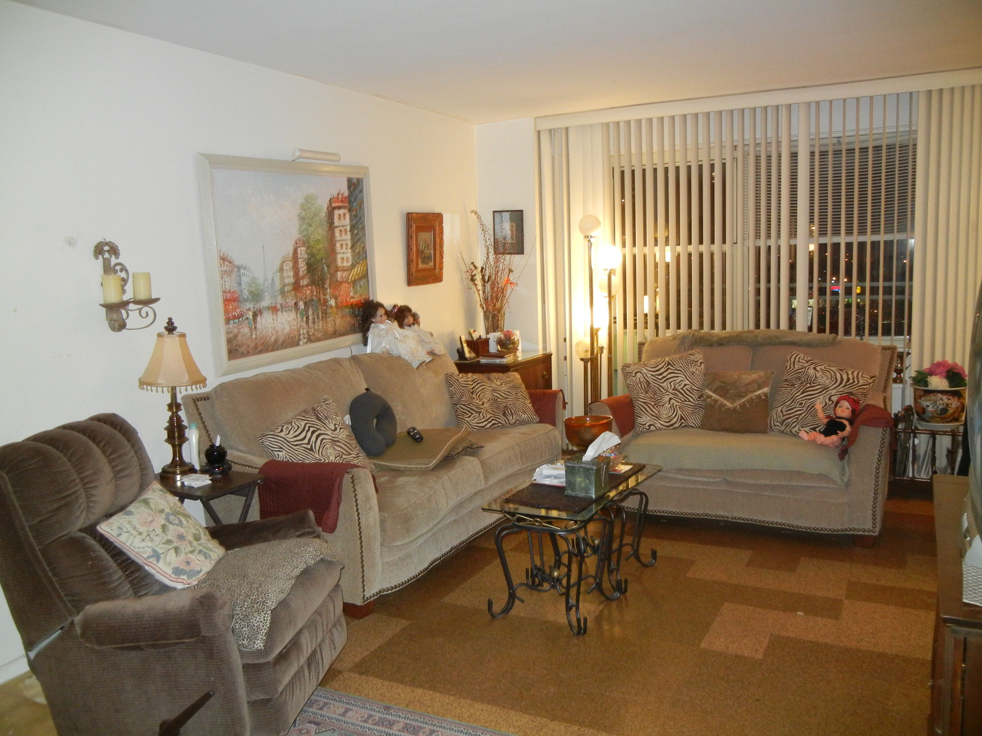 Trump Village Sec 4 2932 West 5 Street Brooklyn Ny 11224 Selling Price 219 000 Trump Village Section 4 Coop 1 Bedroom 1 B Home Home Decor Furniture
