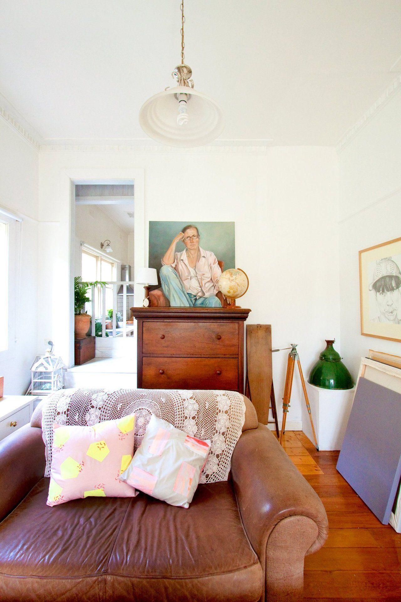 House Tour: An Artist\'s Creative Australian Home   Creative, Living ...