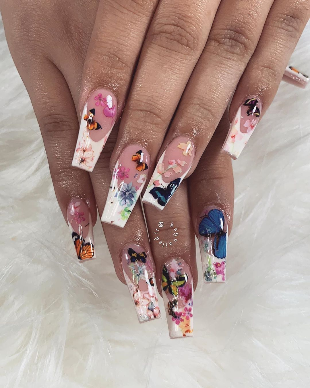 lily garden nails