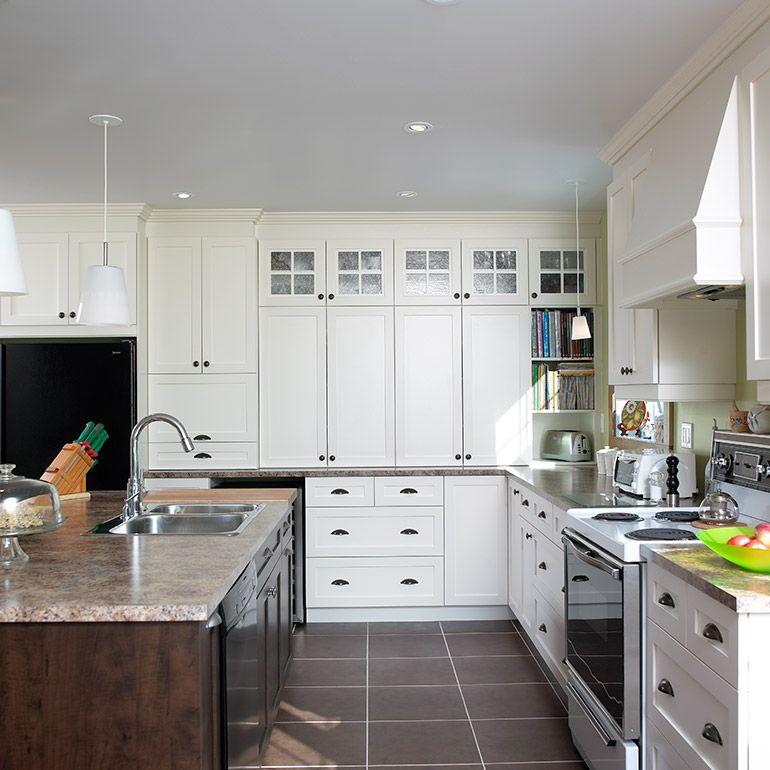 Cuisine classique avec armoires en m lamine polyester 2 couleurs future cuisine kitchen - Cuisine 2 couleurs ...