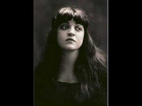 Rosa ponselle sings casta diva by far my favorite version of this masterpiece classical - Casta diva youtube ...