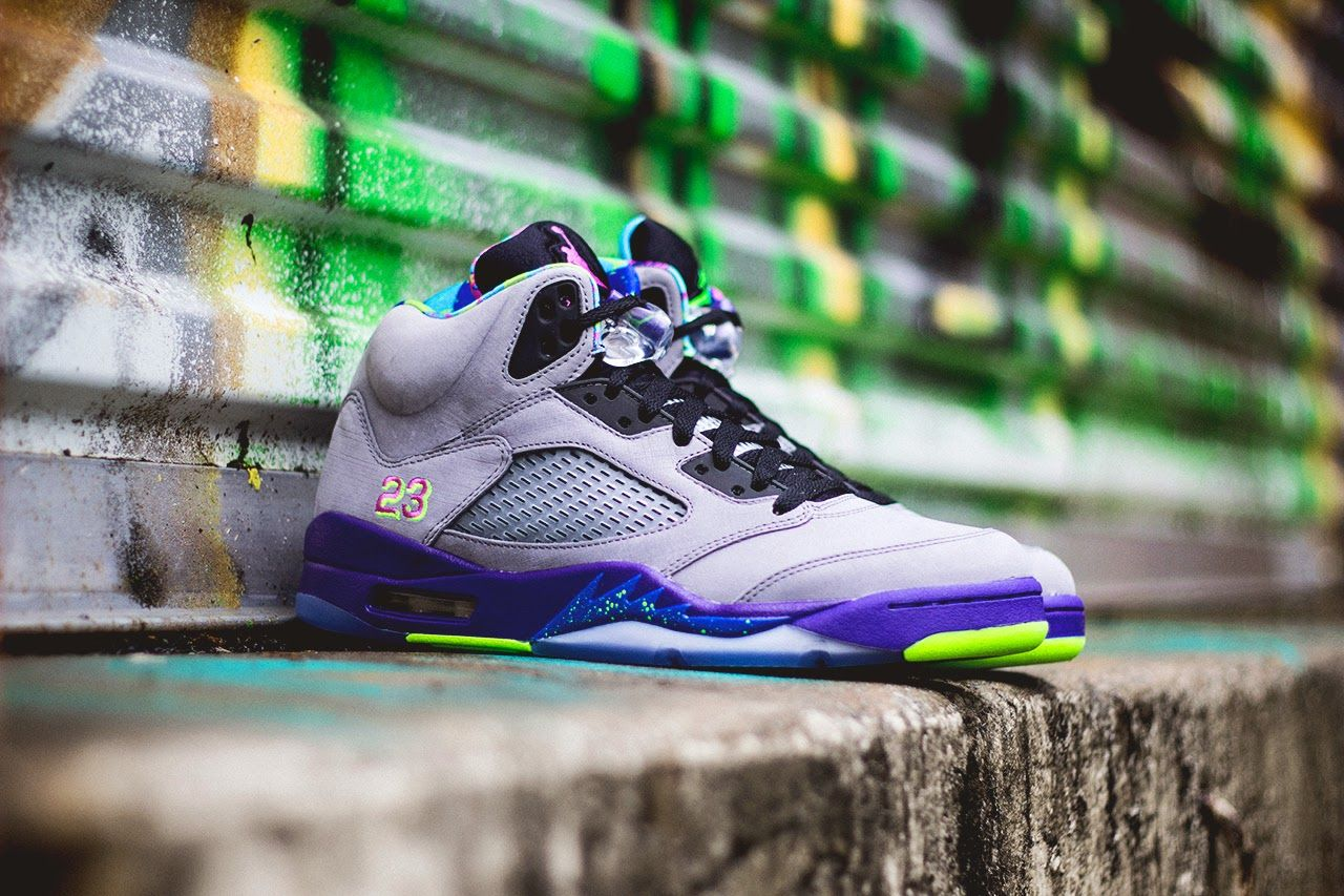 new product 5167b 9f0c9 Nike Air Jordan 5 Retro