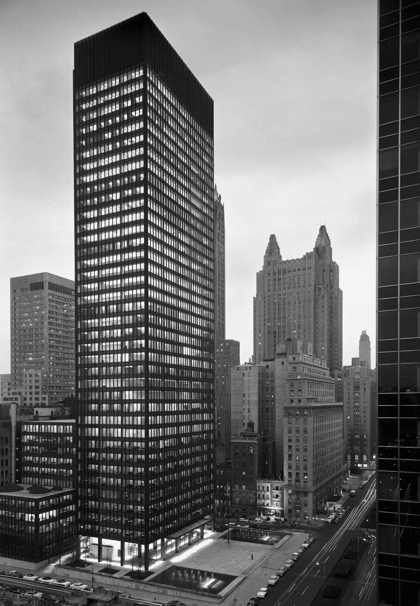 Seagram's Building, New York, Ludwig Mies van der Rohe