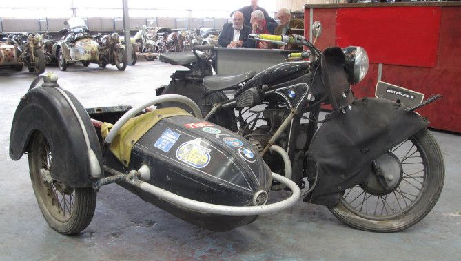 ancienne sidecar pinterest motos anciennes ancien et moto. Black Bedroom Furniture Sets. Home Design Ideas