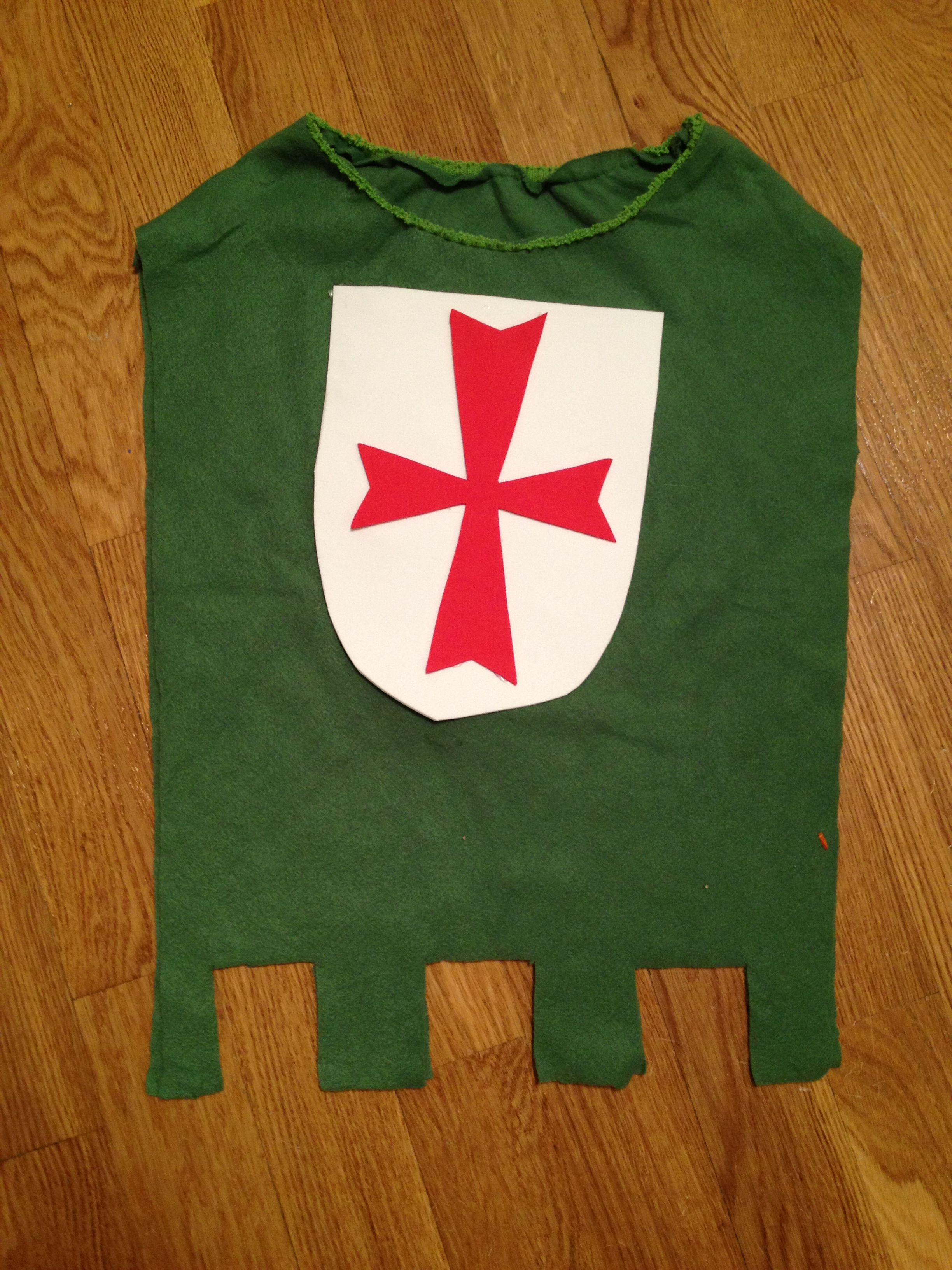 ce09e34b8 Tutorial de disfraz de caballero medieval. DIY | Teo | Disfraz de ...