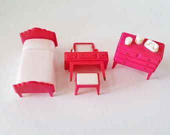 Vintage Plastic Pink Dollhouse Bedroom Set Bed Dresser Dressing