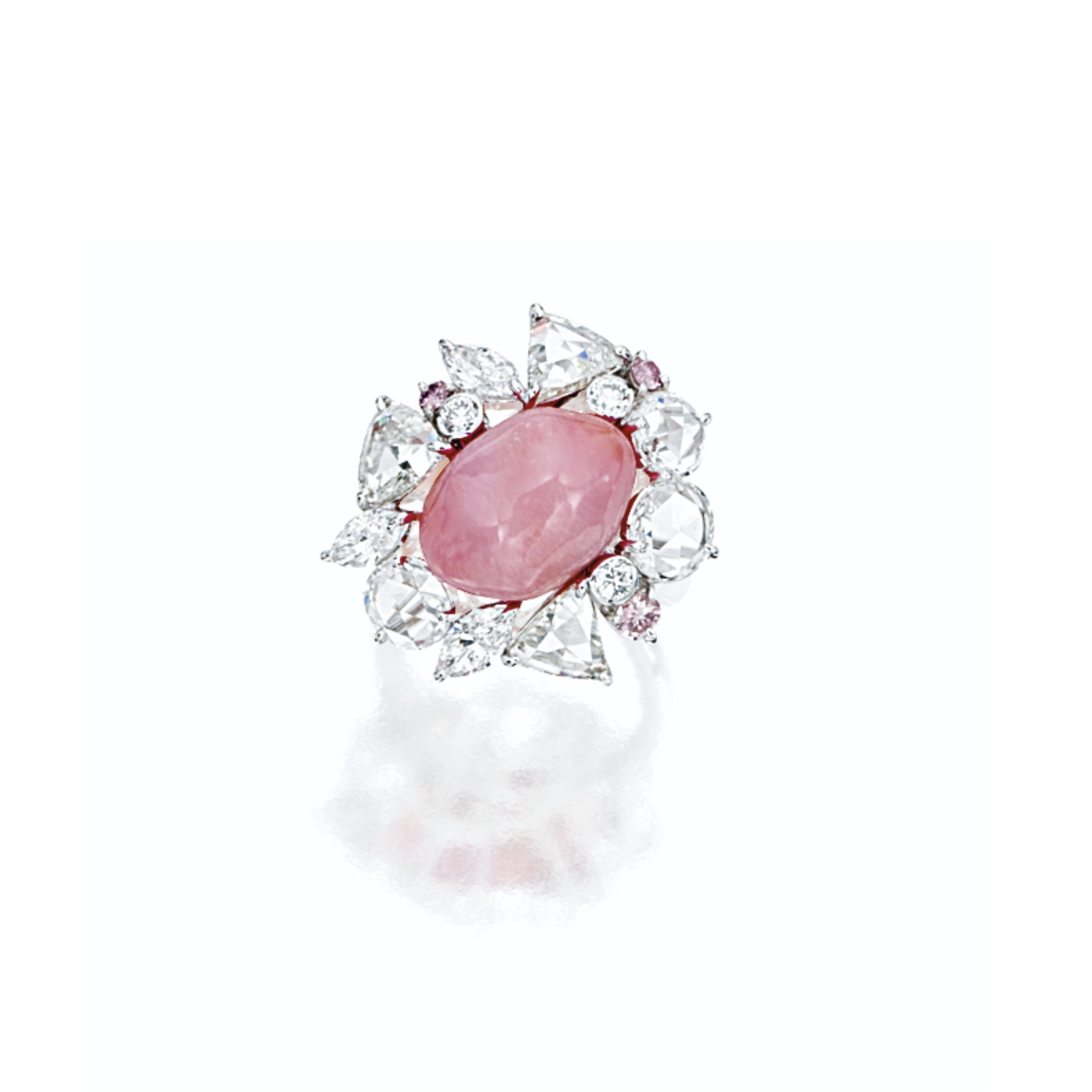 Conch Pearl Diamond And Pink Diamond Ring Centring On A