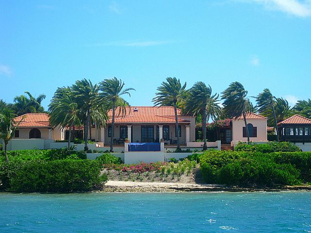 Oprah S House In Jumby Bay Antigua With Images Celebrity