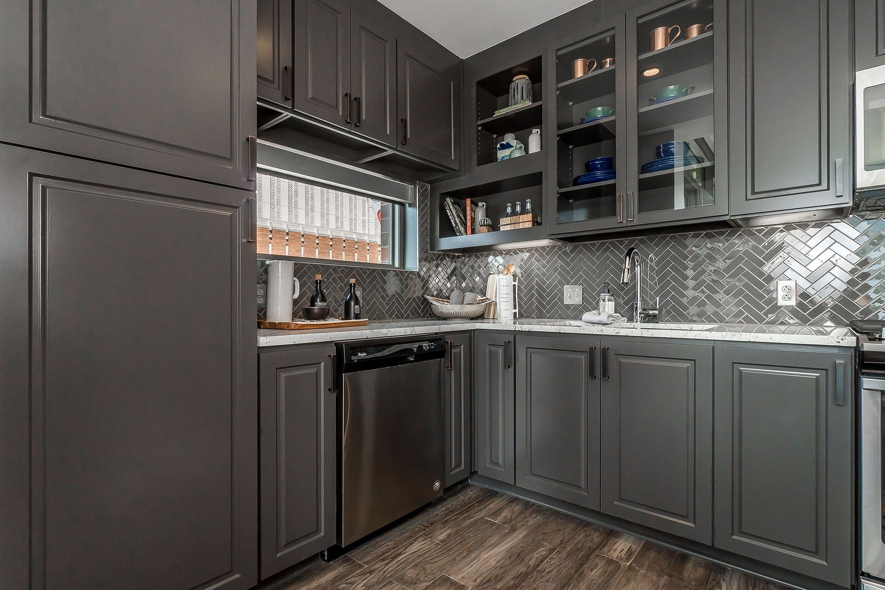 Leedo Kcma Certified Cabinets Cabinets To Go Kitchen Cabinets Grey Cabinets