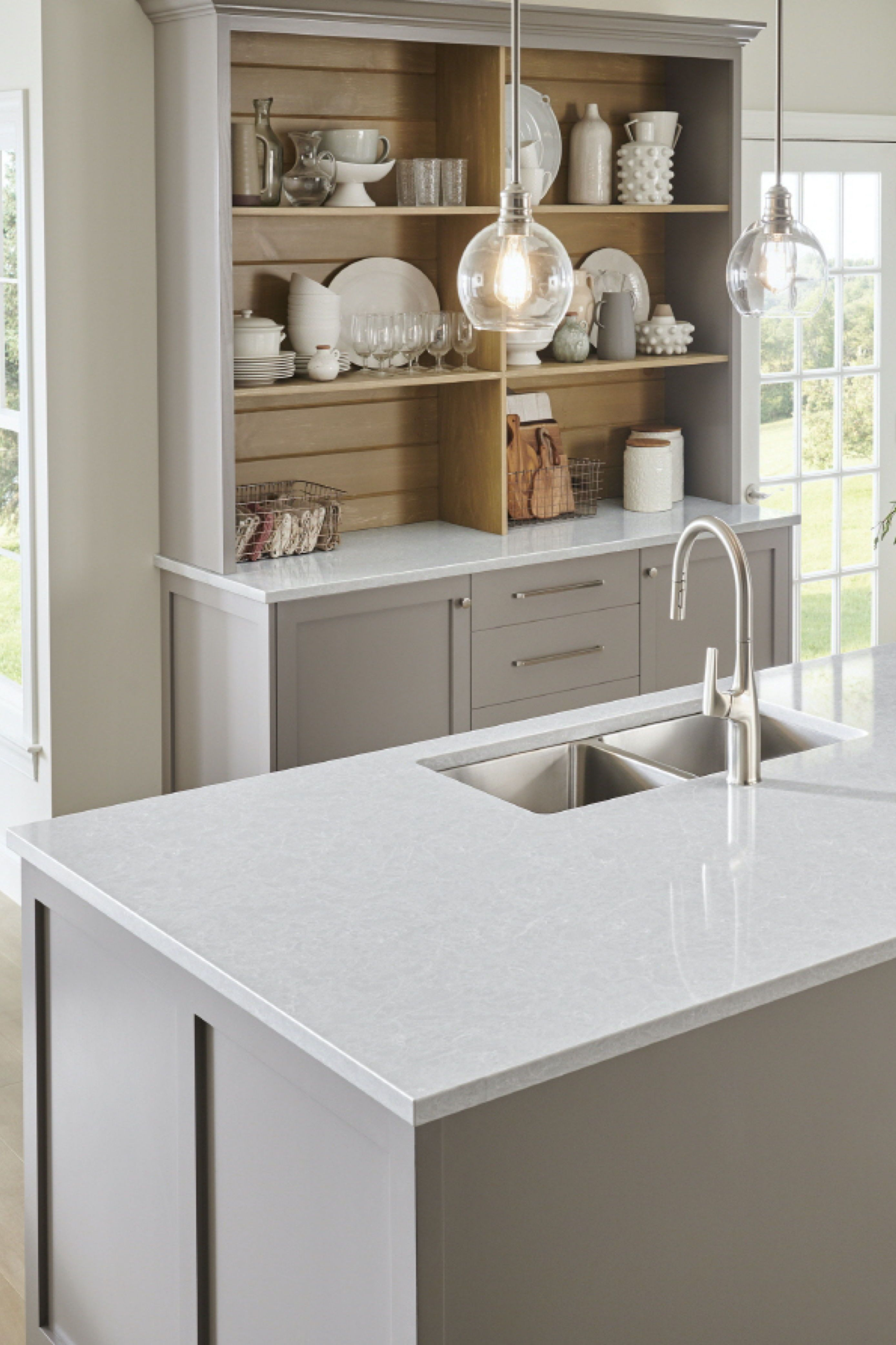 Mica Lg Viatera Quartz Countertops Cost Reviews Quartz Kitchen Countertops Quartz Kitchen Kitchen Countertops