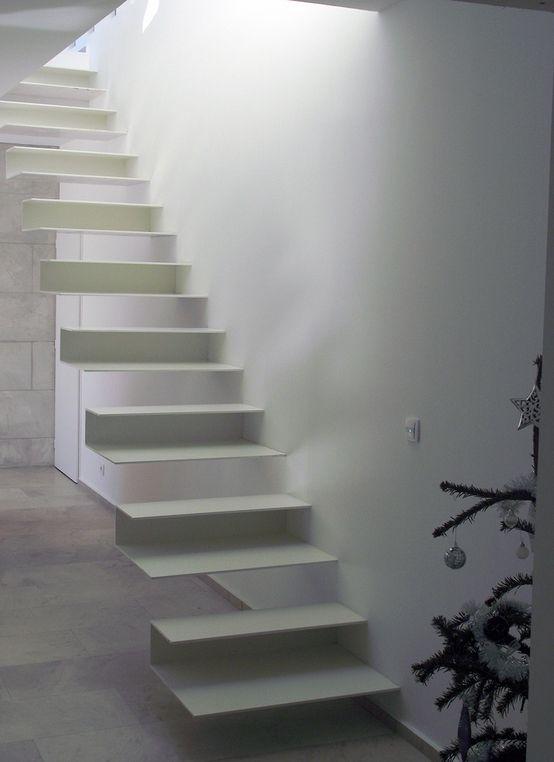 escaliers illusions d 39 optique tendances et couleurs d co pinterest entr e minimaliste. Black Bedroom Furniture Sets. Home Design Ideas