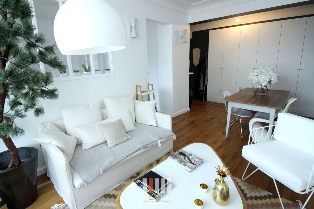 Affordable Salon Canap En Lin Cru Blanc Entre Rangement Pax Ikea Tapis  Aztque With Rangement Salon Ikea
