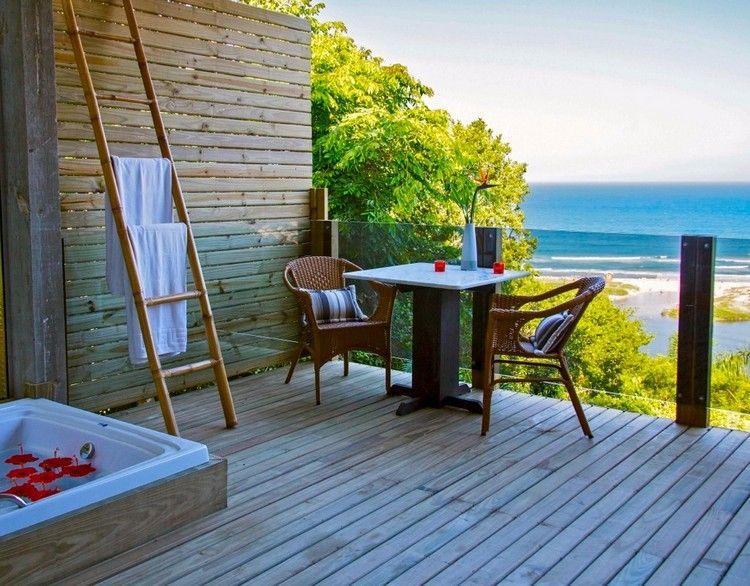 Balkon Sichtschutz Holz Jaccuzzi Paravent Glas Geländer