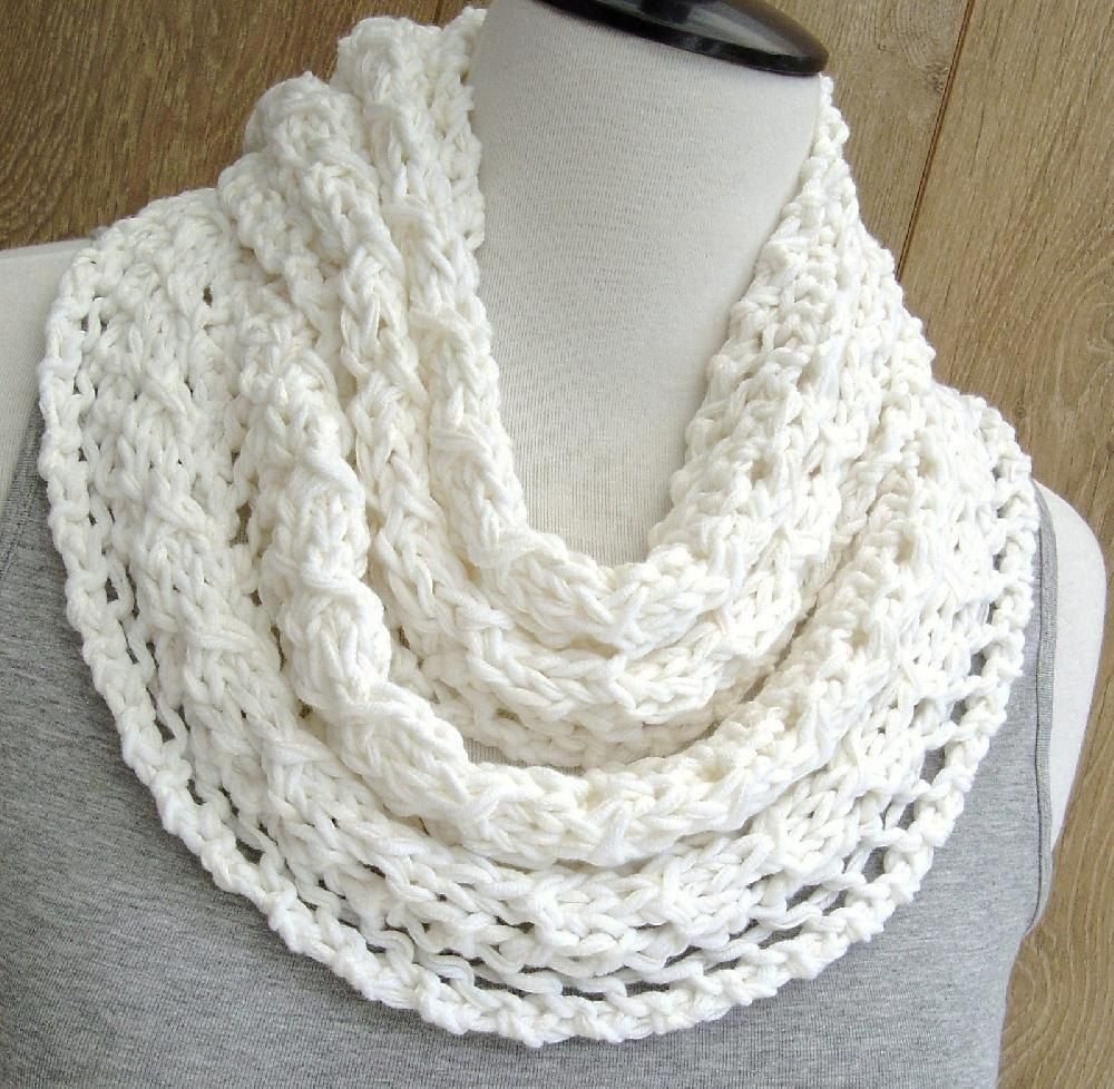 Spring Lace Infinity Scarf | Infinity scarf knitting pattern, Lace ...