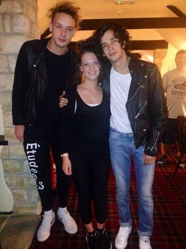 Matty & George with a fan
