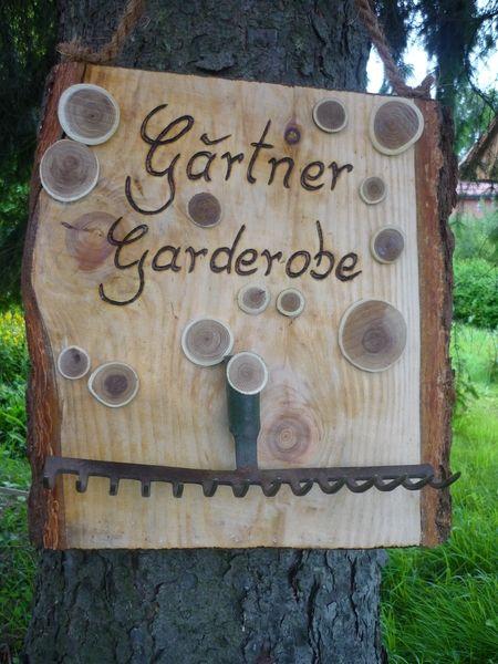 Gärtner-Garderobe von Holz- Kreativ auf DaWanda.com #hofideen