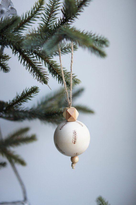 Wooden Christmas Tree Ornament, Christmas Bauble Decoration, Wood Christmas Christmas Balls, Xmas Decorations, Christmas Gift