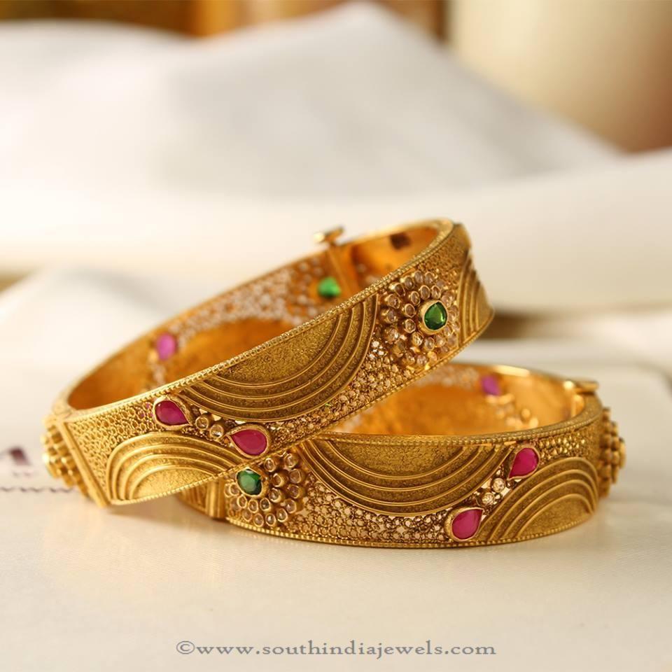 Manubahi Jeweller S Gold Antique Bangle Bangle Gold