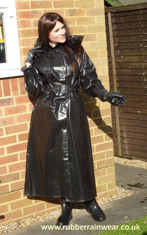 There's nothing better than a sexy babe in her Rubber Rainwear to satisfy your fetish!