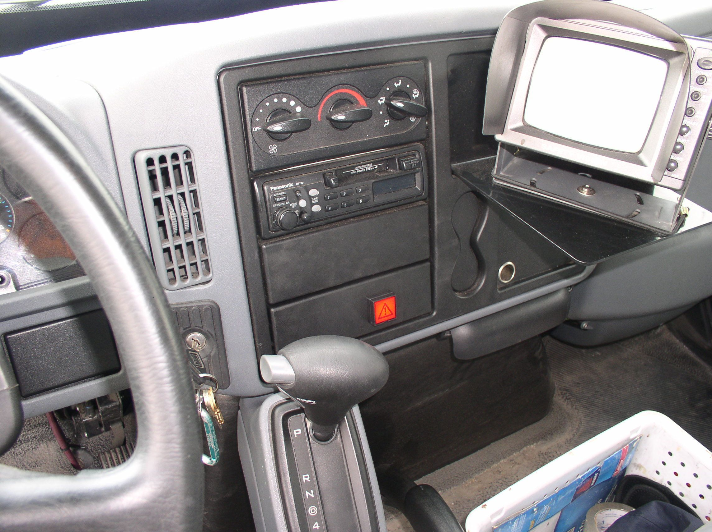 Fedex Ground Navistar Cab Interior With Hts Systems Idec Led Dash
