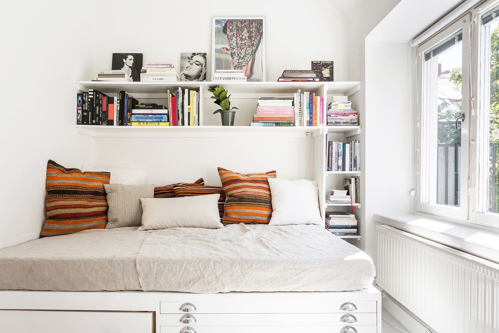Tips kamar tidur rapi