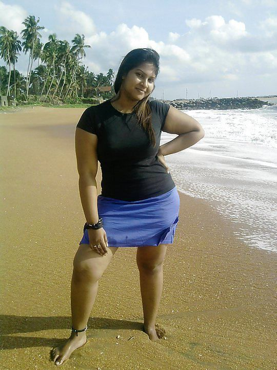 Chubby girl from Sri Lanka