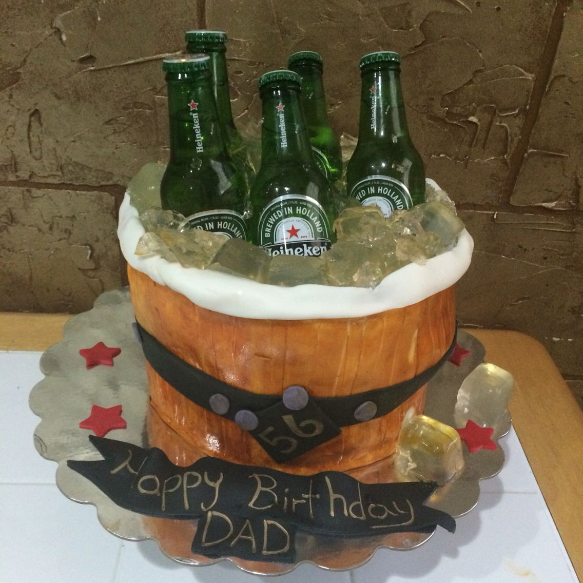 Cake Ideas For Dads Birthday : Heineken cake, ideas for Father s Day, dad cake, men cake ...