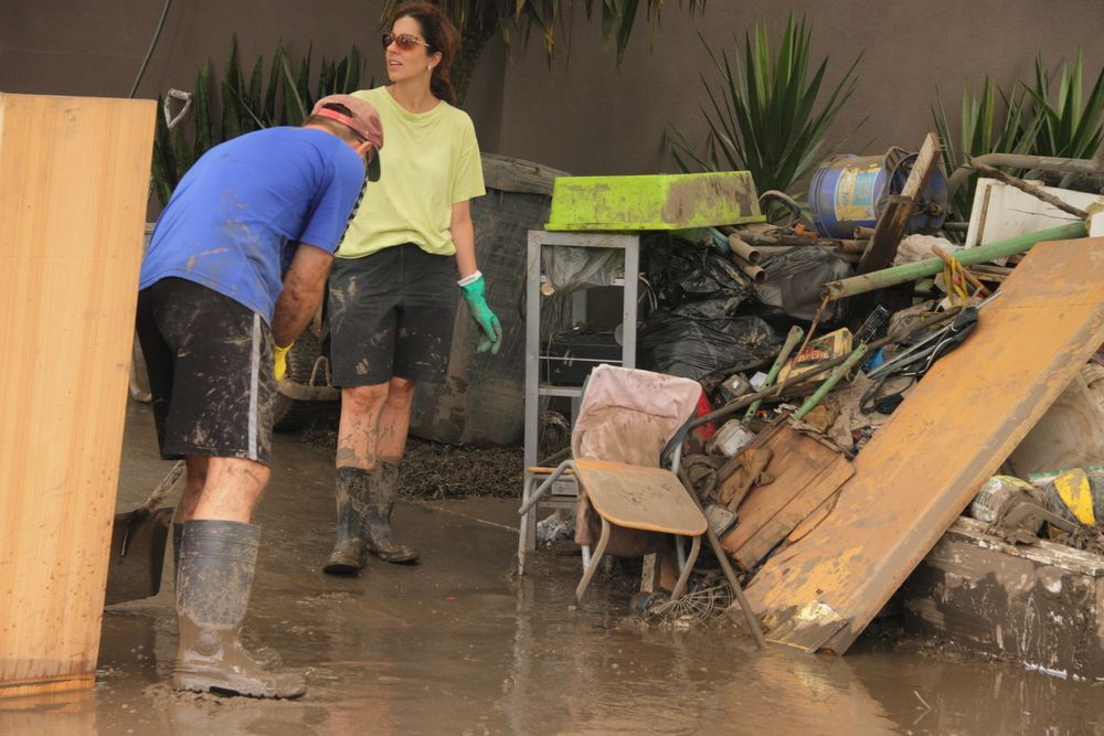 shoveling mud out of flooded house ss paintings flood restoration rh in pinterest com