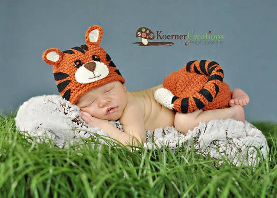 484faccde18 Tiny Tiger Hat and diaper cover set Newborn by ModisteBee on Etsy