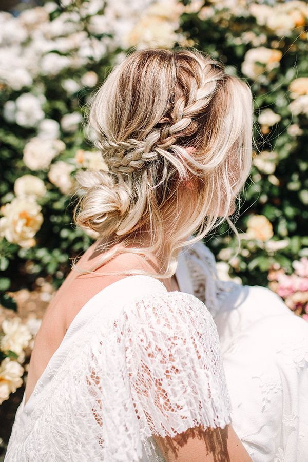 Language Of Flowers Wedding Editorial Easy Hairstyles Youll Want